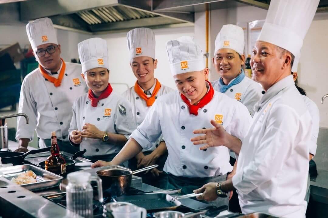đồng phục bếp nhà hàng đà nẵng